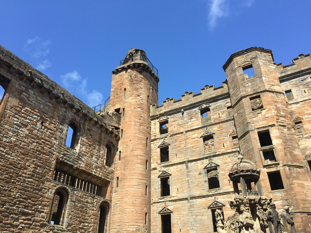 Barbara Sinclair, Linlithgow Palace, Haste Ye Back, Scotland