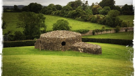 Ancient burial site at Bend of the Boyne in the Irish countryside. Photo by Barbara Sinclair